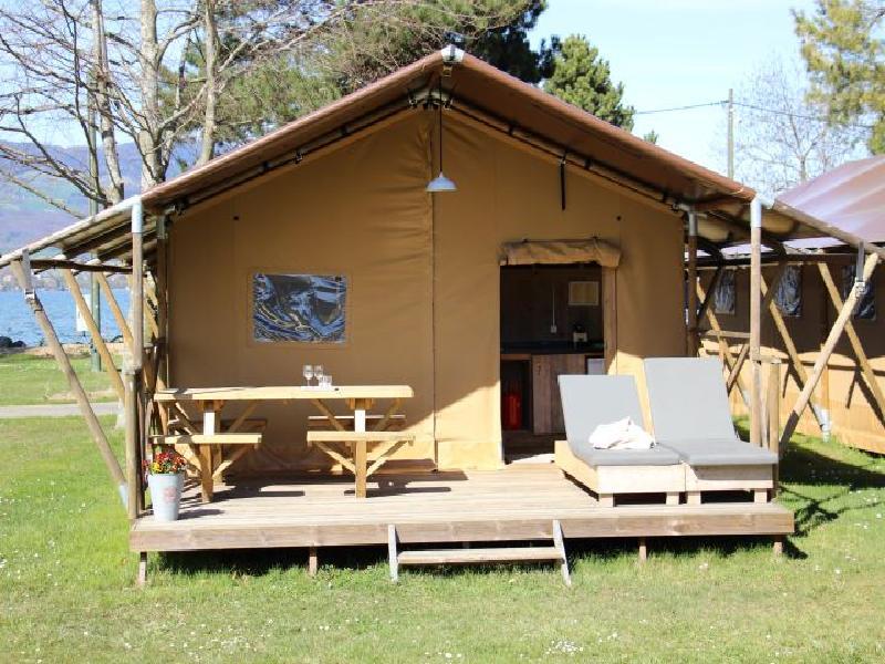 Campingplatz Grandson - Umfassende Infos, Bewertung, Karte